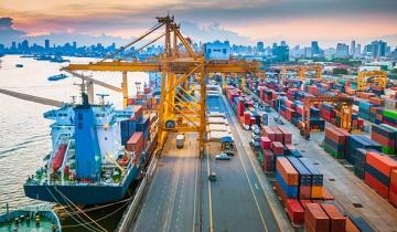 Blockchain To Smoothen Shipping Logistics For Top UK Port Operator
